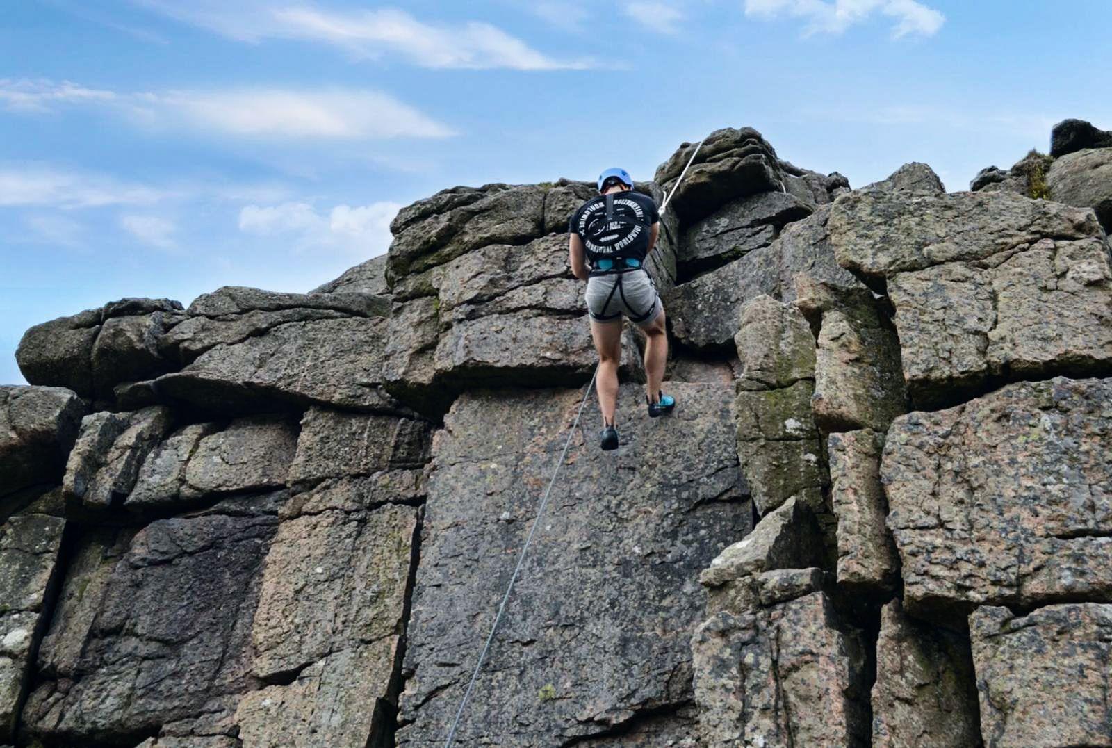 Outdoor-rock-climbing-Dartmoor---DIY-guide---instructors-1