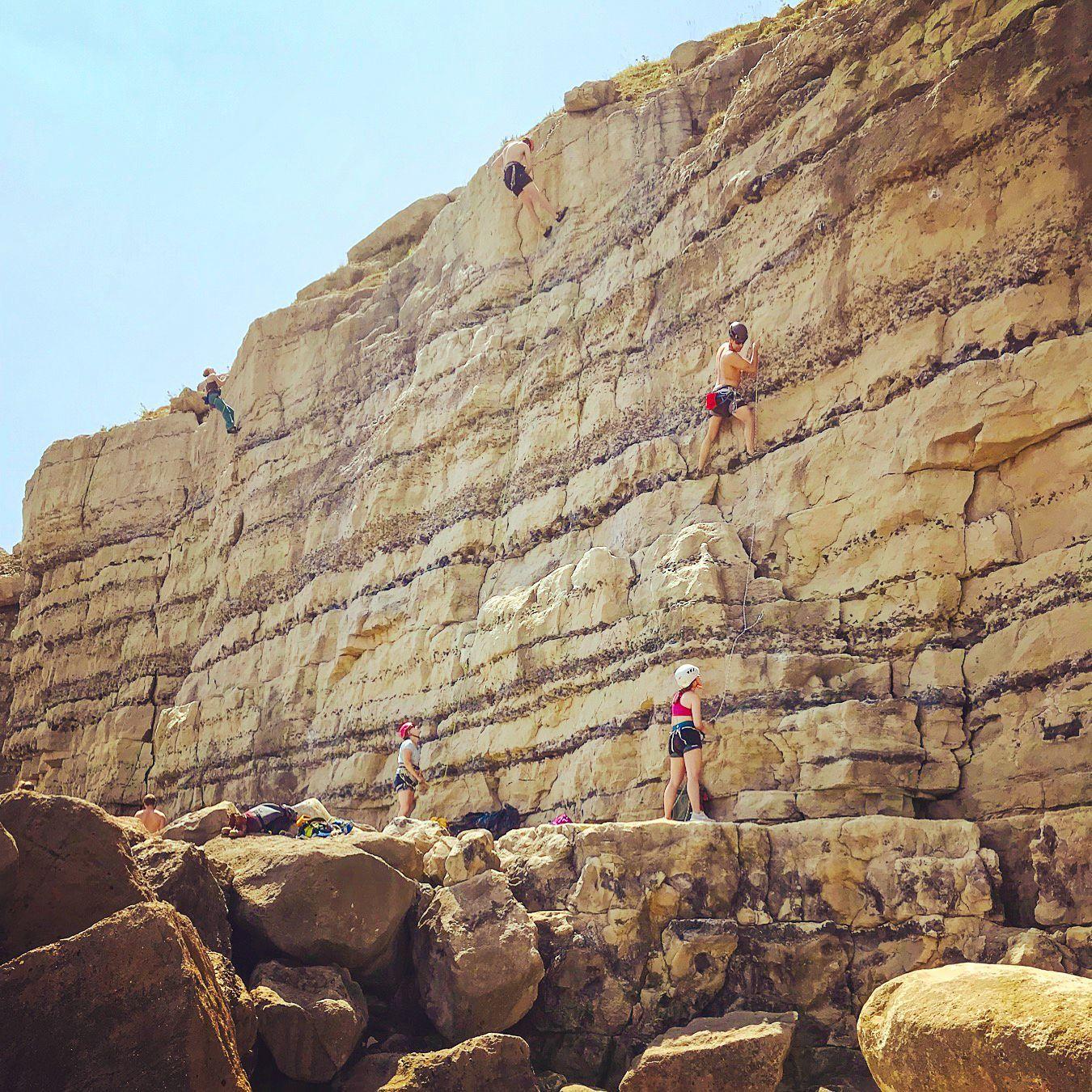 Portland-Rock-climbing---DIY-guide---instructors-1-1