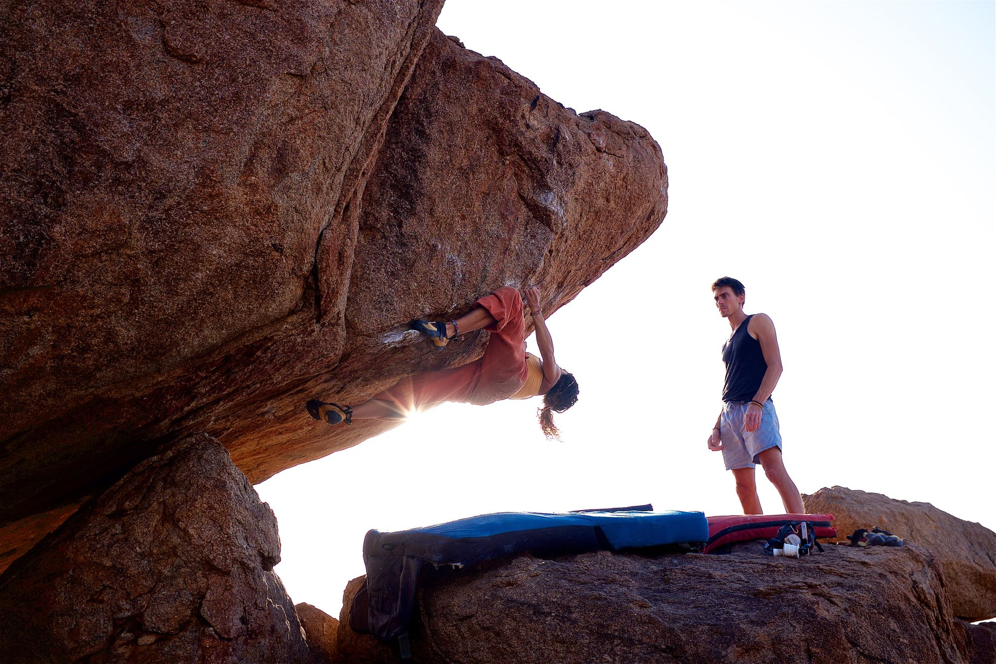 what is bouldering rock climbing